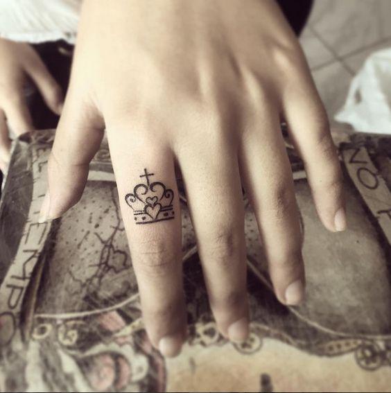 Tatuajes de Coronas F 5 Tatuajes de Coronas