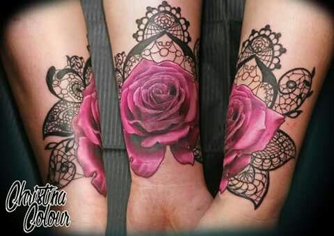 img 5a52d233a71e6 Tatuajes de flores Moradas