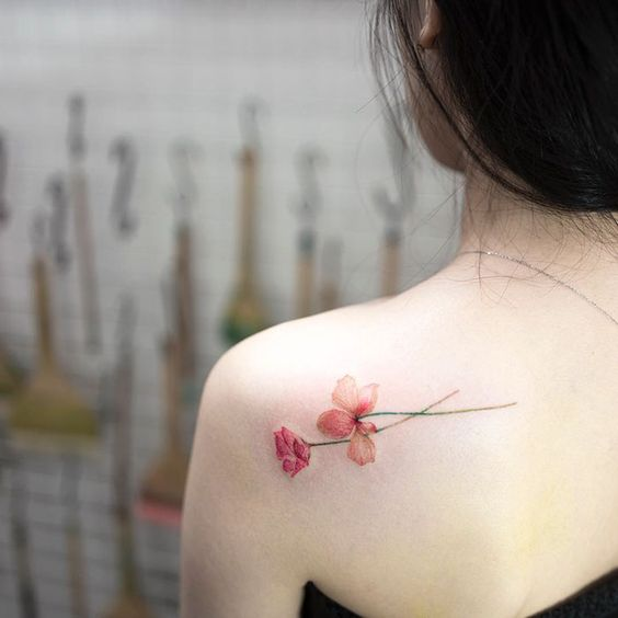 Tatuajes con Flores 7 Rosas Pequeñas