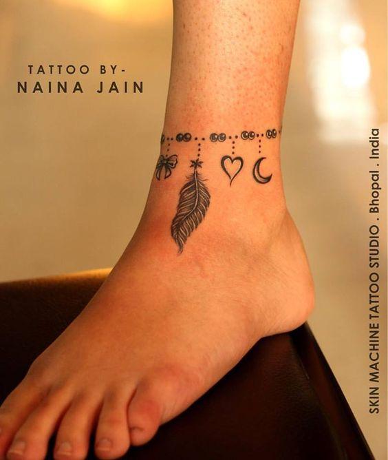 img 5a86345b9221a Tatuajes de Pulsera en el Tobillo