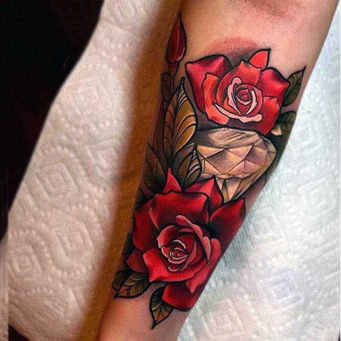 9 tattoos für frauen arm tattoo bunte tätowierung rote rosen unterarm 25 tatuajes en brazos para mujeres