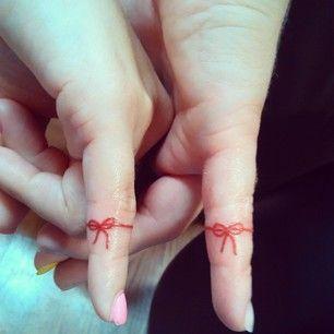 img 5aa9a25c16727 Tatuajes en el Meñique