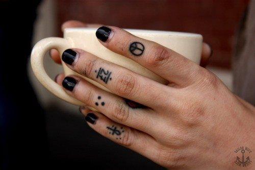 img 5aa9a27203555 Tatuajes en el Meñique